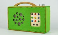 A protective green felt bag for hörbert