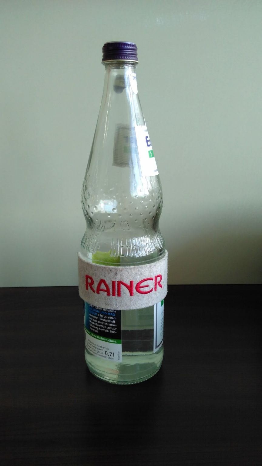 Name tag on water bottle: Rainer